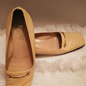 Shoes - GUCCI LIGHT YELLOW LOAFER SIZE 8